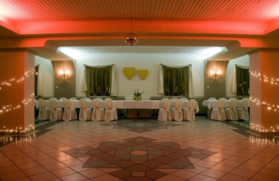Niewiarygodnie Łódź - sale weselne, konferencyjne, bankietowe, lokale do wynajęcia. BZ71